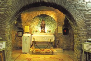 Biblical-Ephesus-House-of-Virgin-Mary