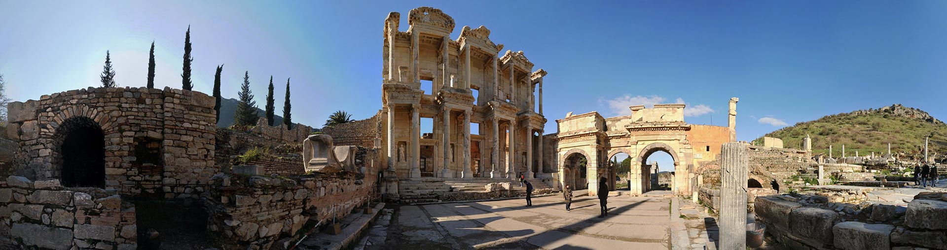 ephesus monuments turkey